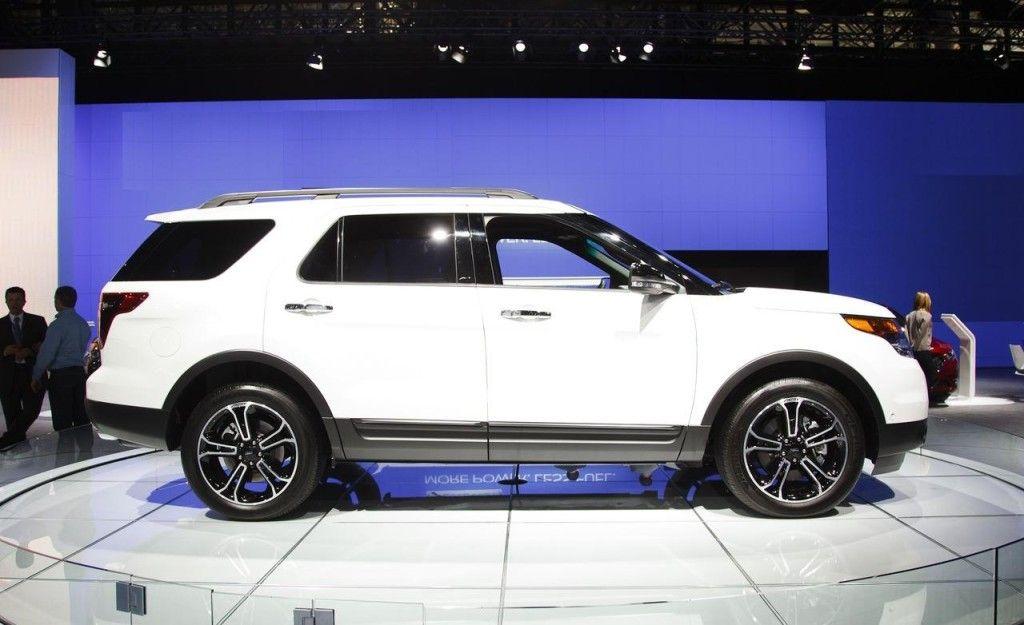 Ford Mustang 2014. Все колеса имеют дисковые тормоза с современным оборудованием.