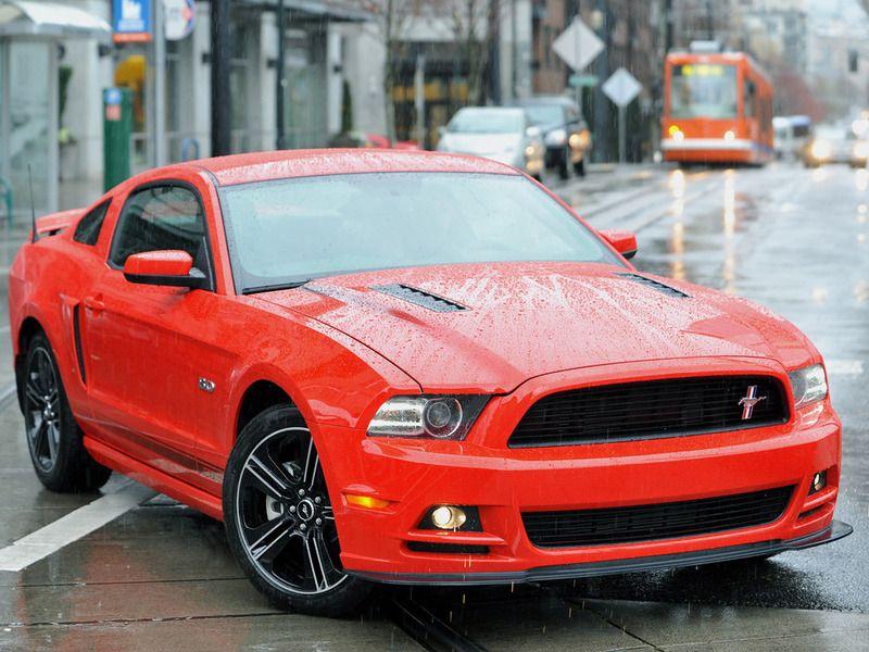 Новый Ford Mustang 2014 модельного года
